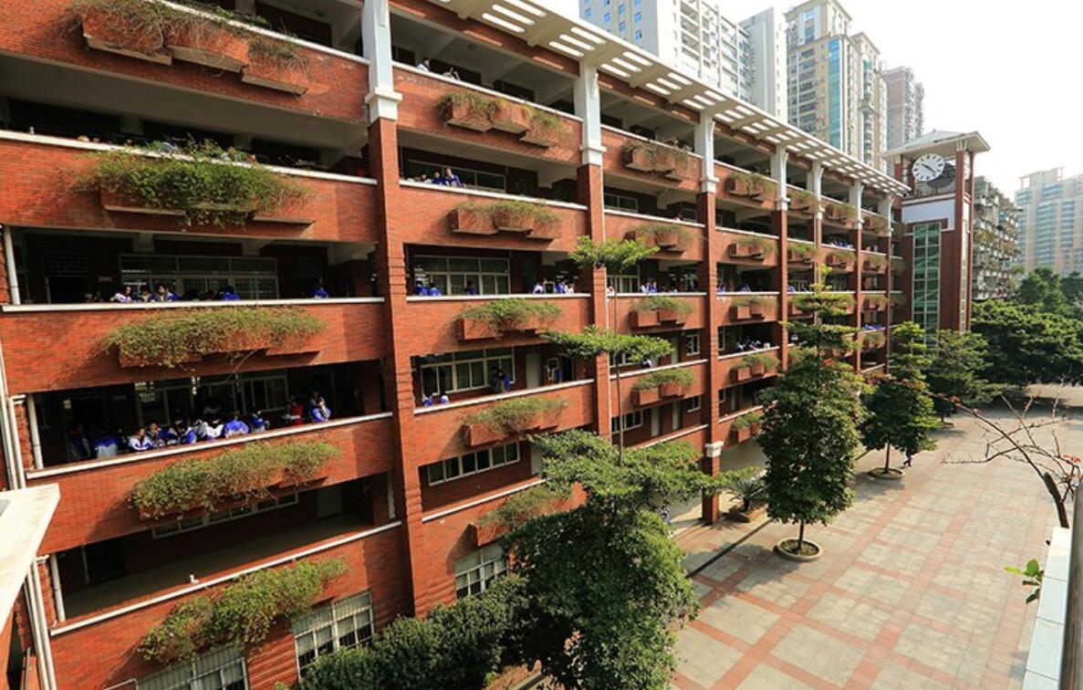 广州第十六中学图片
